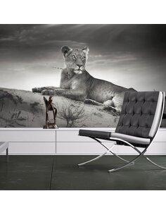 Papier peint UNE LIONNE EN N&B - par Artgeist