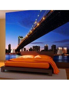 Papier peint MANHATTAN BRIDGE ILLUMINÉ LA NUIT - par Artgeist