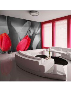 Papier peint TULIPES ROUGES SUR FOND EN N&B - par Artgeist