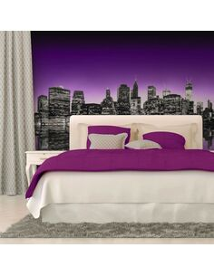 Papier peint THE BIG APPLE IN PURPLE COLOR  - par Artgeist