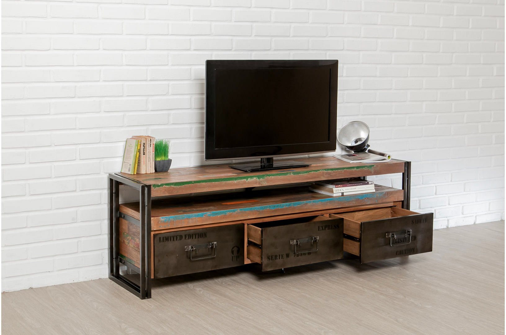 meuble tv loft 1 tag re 3 tiroirs teck recycl delorm. Black Bedroom Furniture Sets. Home Design Ideas