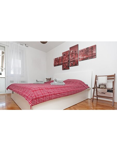tableau 4 tableaux nyc ville en nuances de rouge. Black Bedroom Furniture Sets. Home Design Ideas