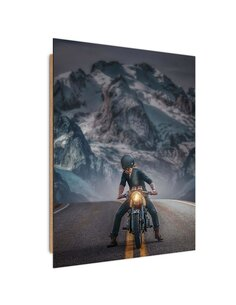 Tableau bois motorcyclist on route